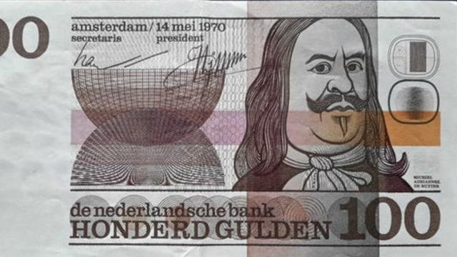 Honderd De Ruyter-biljetten van 100 gulden ingeleverd