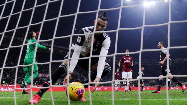 Ronaldo helpt Juventus in extremis aan gelijkspel in bekerduel bij Milan