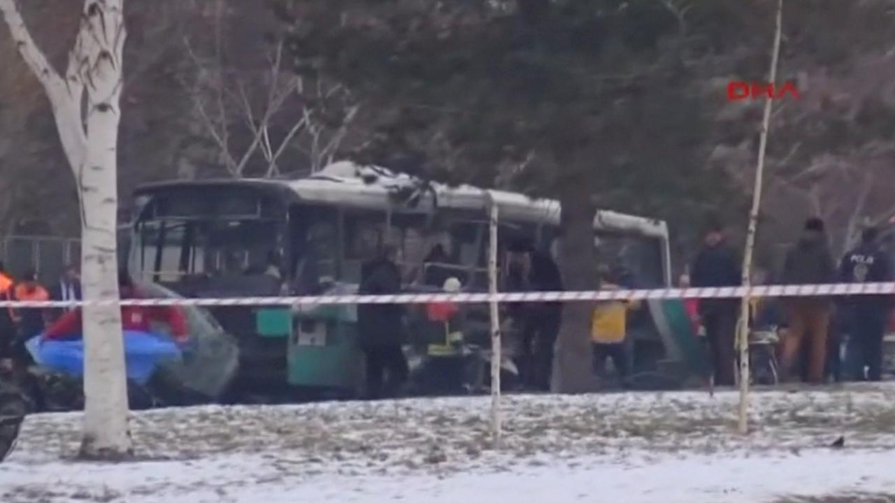 Zeker 13 doden door autobom in Turkije