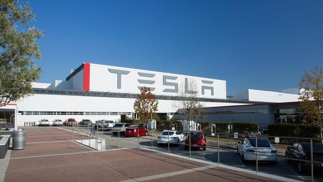 Elon Musk: Overmatig gebruik van robots bij Tesla was een fout