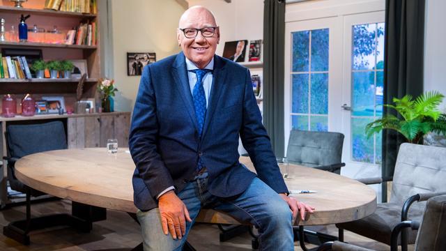Kees Jansma (71) stopt na huidig seizoen als televisiepresentator