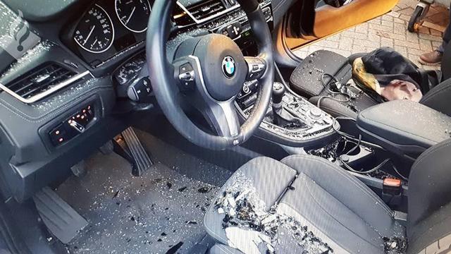 'Automobiliste zoekt getuigen van verkeersongeluk met blok ijs'