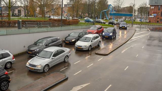 Alle parkeerplaatsen parkeergarage Castellum maandag bezet