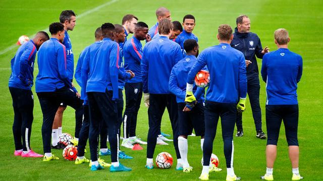 Nederlands elftal blijft twaalfde op FIFA-ranking
