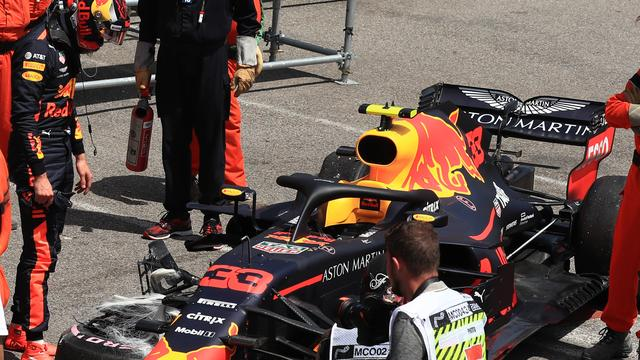 Verstappen erkent dat kostbare crash in Monaco zijn fout was