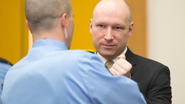 Breivik wint zaak tegen Noorse staat over onmenselijke behandeling