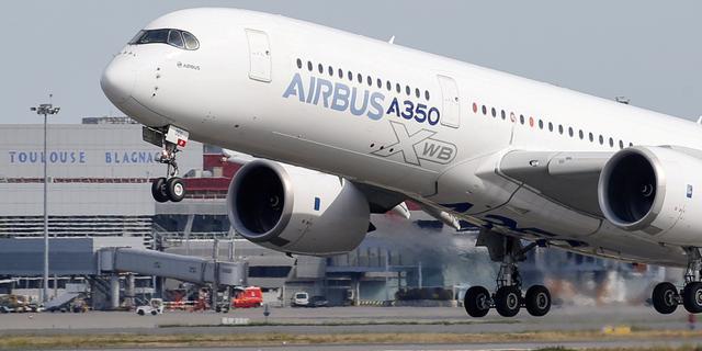 Airbus stoot Boeing van troon en wordt grootste vliegtuigmaker