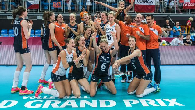 Volleybalsters promoveren naar groep één World Grand Prix
