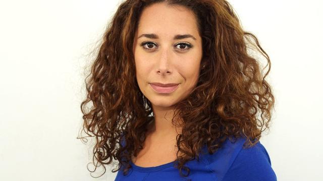 AT5-presentatrice Saïda Maggé nieuwe invalpresentator Nieuwsuur