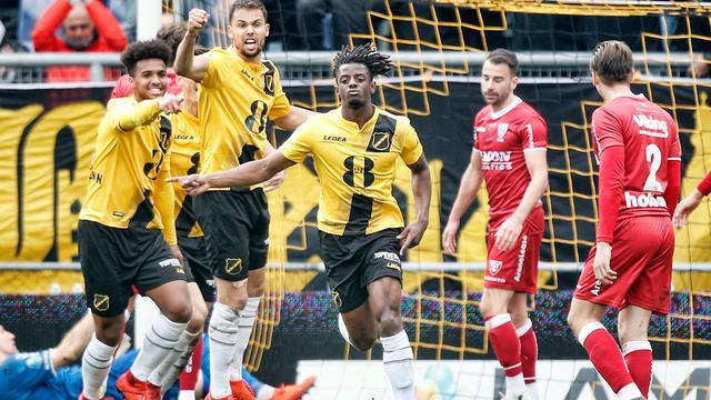 NAC pakt punt bij debuut Brood, PEC te sterk voor FC Emmen