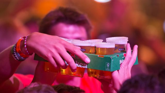 'Bierreclame op televisie beïnvloedt drankgedrag van tieners'