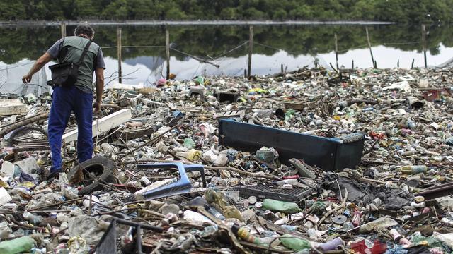 Internationale zeilfederatie gaat vervuild olympisch vaarwater testen