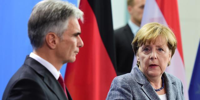 Merkel zegt dat belastingbetaler niet opdraait voor vluchtelingen