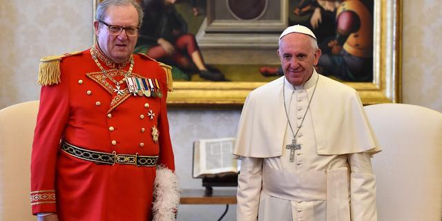 Hoofd Orde van Malta stapt op na rel om condooms met Vaticaan