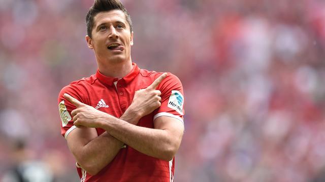 Bayern weer stap dichter bij landstitel, gelijkspel in Kohlenpott-derby