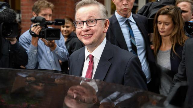 Brits minister van Milieu Gove stelt zich kandidaat als premier VK
