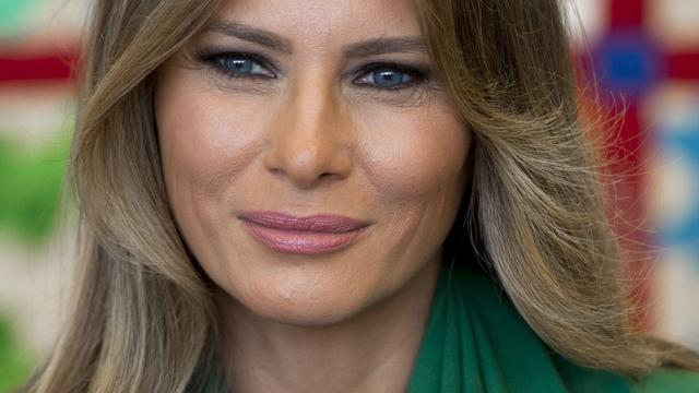 Daily Mail betaalt Melania Trump schadevergoeding na escortclaim