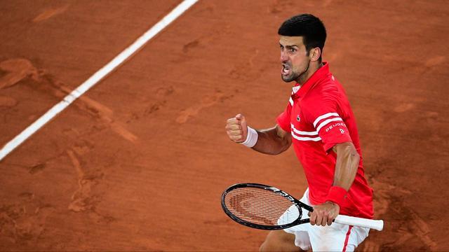 Novak Djokovic liet zijn emoties de vrije loop na het bereiken van de halve finales.