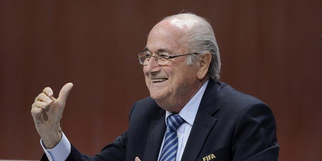 Blatter herkozen als voorzitter van FIFA na terugtrekken prins Ali