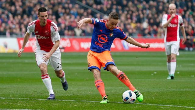 Feyenoorders putten ondanks nederlaag vertrouwen uit spel in Arena