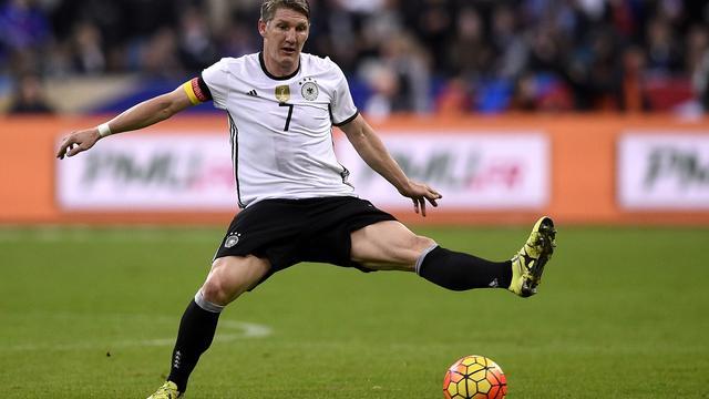 Duitsland zonder Schweinsteiger en Podolski tegen Oranje