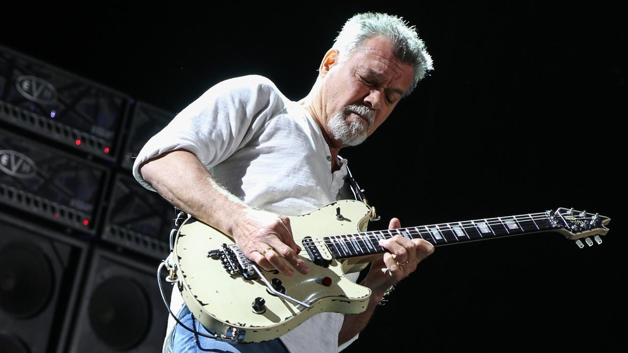 Rockster Eddie van Halen op 65-jarige leeftijd overleden aan keelkanker |  NU - Het laatste nieuws het eerst op NU.nl