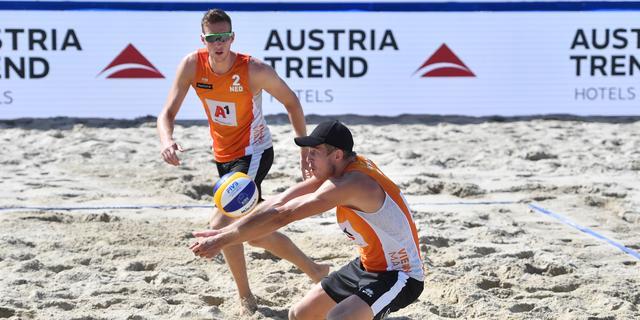 Brons voor beachvolleyballers Varenhorst en Van de Velde in Sotsji