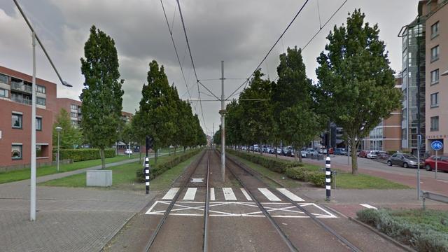 Botsing tussen auto en tram in Nieuw-Sloten