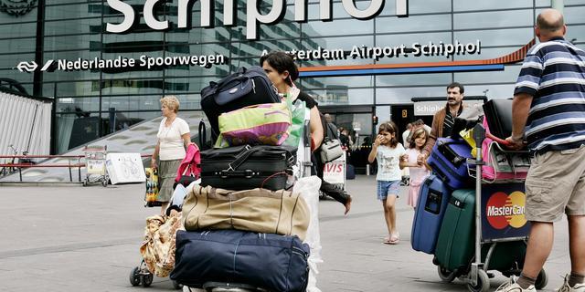 'Terrorist aanslagen Brussel wilde wapens op Schiphol verbergen'