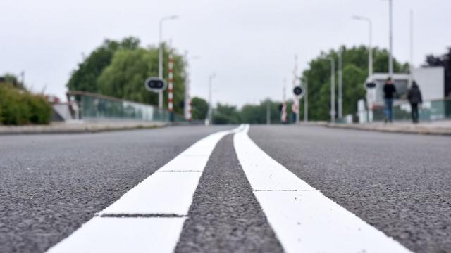 Nachtafsluitingen bij Zegerbaan vanwege asfaltreparatie
