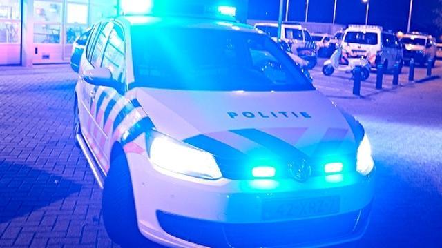 Twee mannen beroven vrouw van scooter op de Westlandseweg