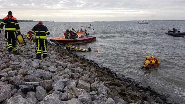 Boot gevonden in het Hollands Diep bij Klundert