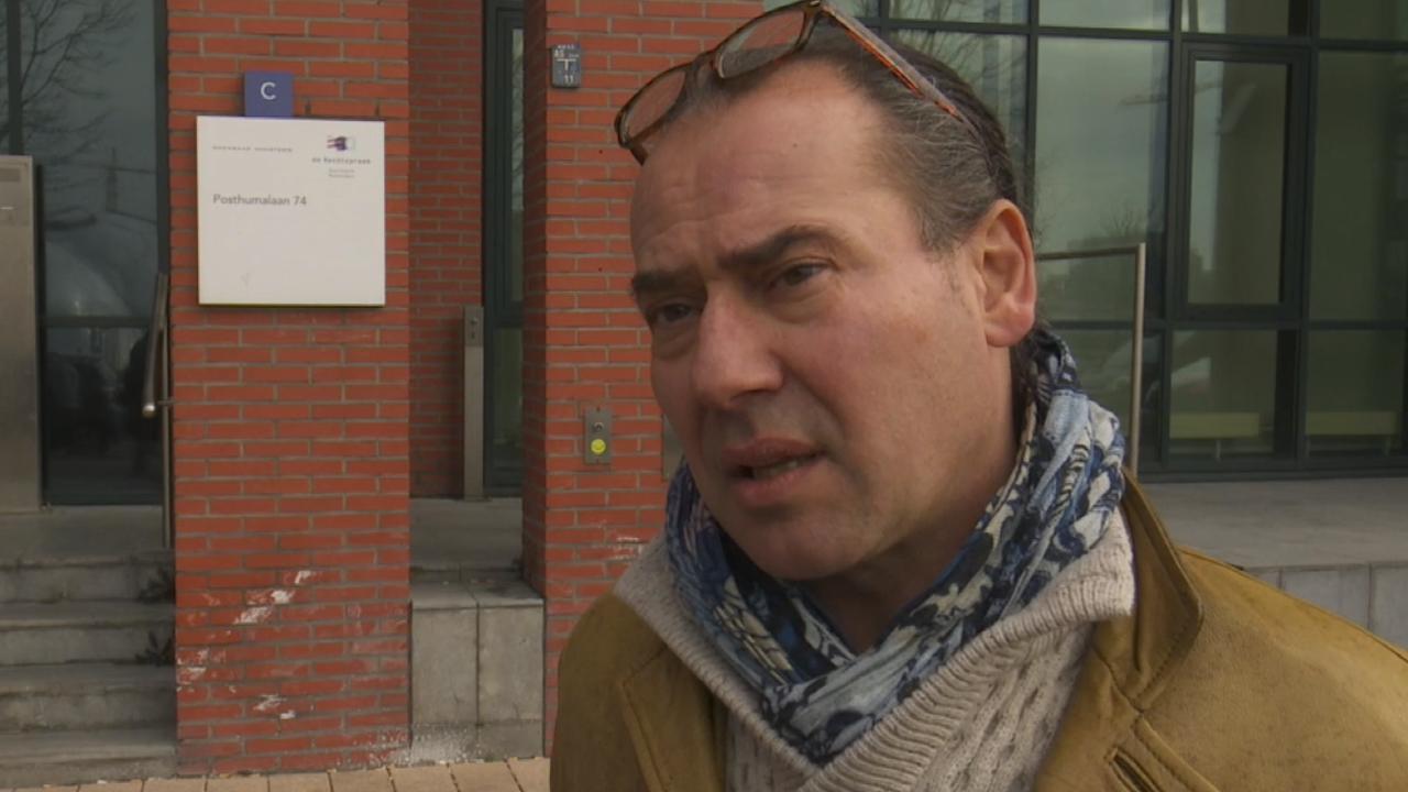 Advocaat Klaas Otto verklaart afwezigheid client