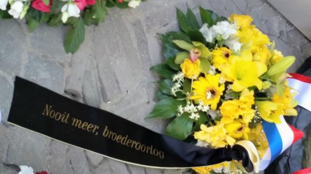 Extreemrechtse smet op dodenherdenking