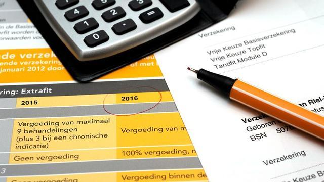 Volgens topmannen VGZ en CZ gaat er te veel geld naar de zorg