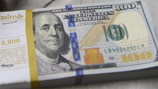 Dollar onder druk na zwakke economische data