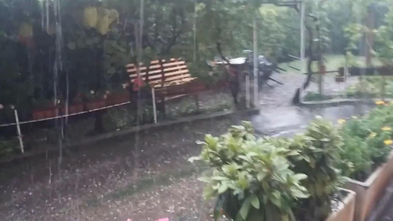 Veel schade Nederlandse toeristen door hevige hagelbui Gardameer
