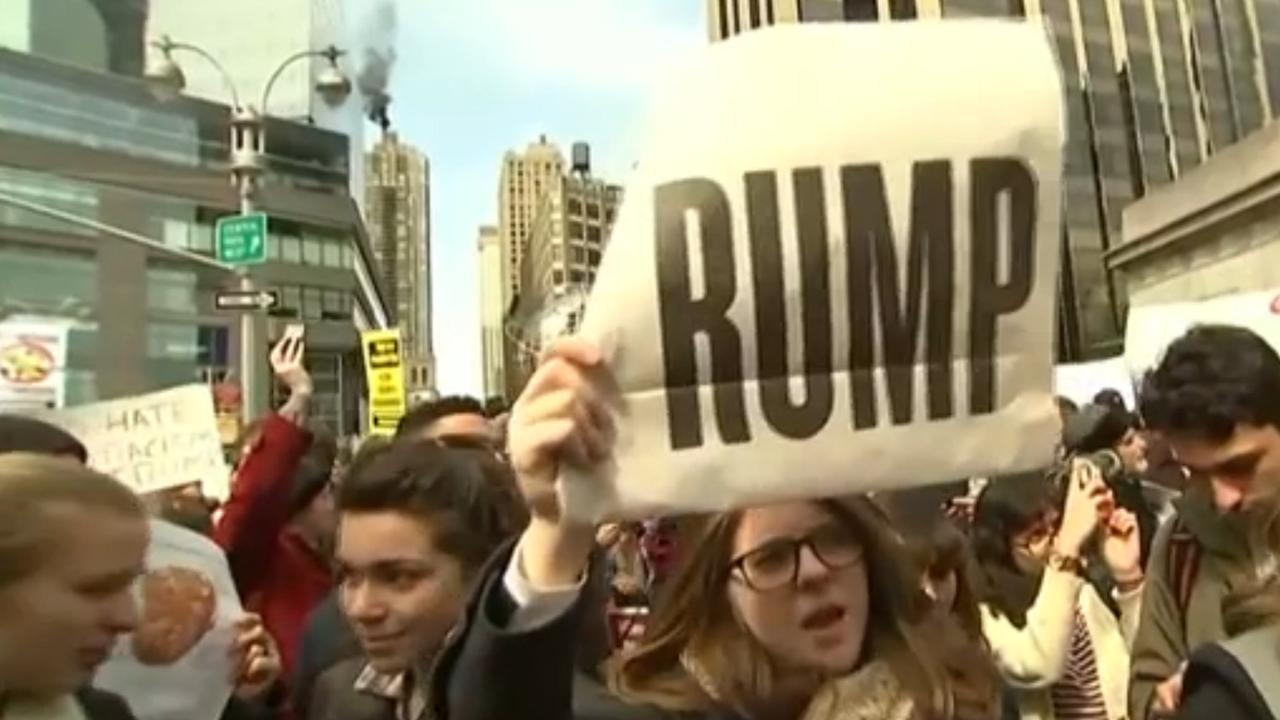 Duizend mensen demonstreren tegen Trump in New York