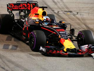 Team van Verstappen gaat Aston Martin-Red Bull Racing heten