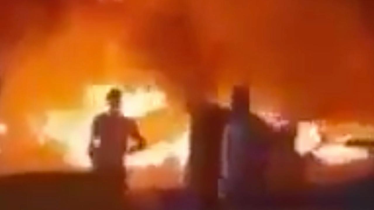Video toont brandende auto Iraanse generaal na luchtaanval VS
