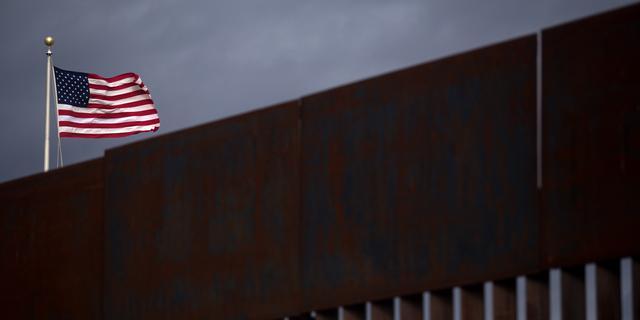 Lagerhuis VS geeft Trump budget voor defensie en grensmuur
