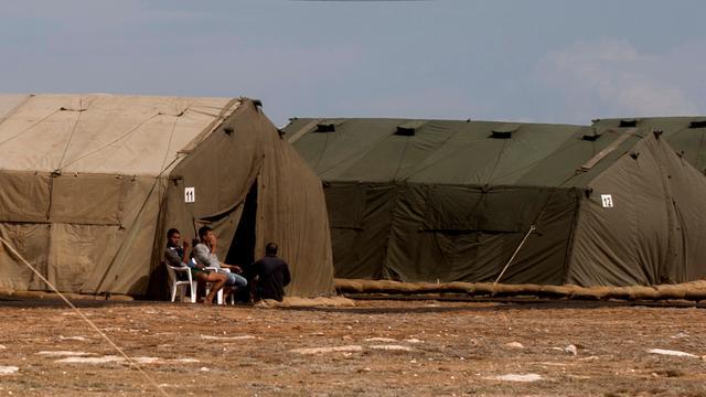 Onrust onder vluchtelingen op Britse basis Cyprus neemt toe