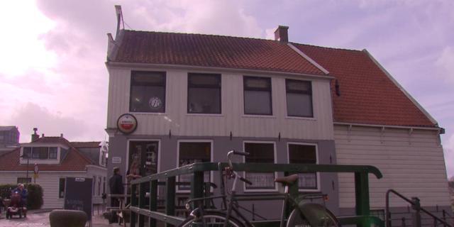 Buurtbewoners kopen Café 't Sluisje