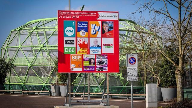 Gemeente start met plaatsen verkiezingsborden in Alphen aan den Rijn