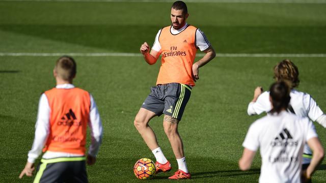 Benzema keert terug in selectie Real voor topper tegen Barcelona