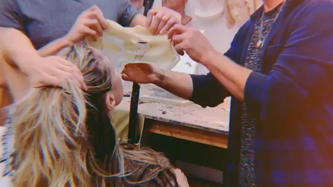 Heidi Klum deelt eerste beelden van halloweenmasker