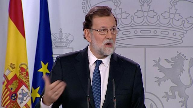 Premier Rajoy kondigt overname bestuur Catalonië aan