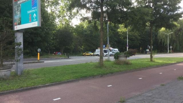 Politie zoekt getuigen achterlaten BMW in Zaandam na schietpartij in Noord