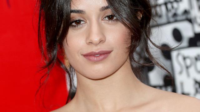 Voormalig Fifth Harmony-zangeres Camila Cabello op tournee met Bruno Mars