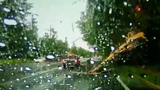 Dashcam filmt blikseminslag op meters afstand in Oregon